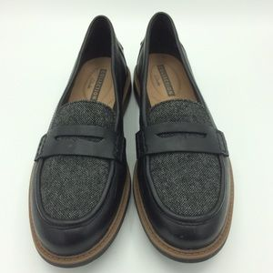 New Clarks collection cushion penny loafers gray